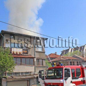 1 000 лв. глоба за жена, запалила двуетажна къща в Хасково