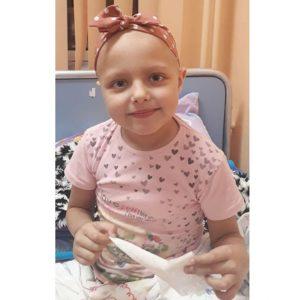 7-годишната Софи има нужда от помощ, за да продължи борбата с левкемията