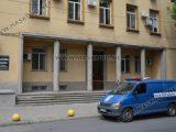 Оставиха в ареста младежа, издирван в Чехия за измама с кола