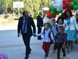 С 528 първокласници започна учебната година в Асеновград