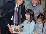 """Възпитаниците на Дом """"Марина"""" получиха играчки от пакистанския посланик"""
