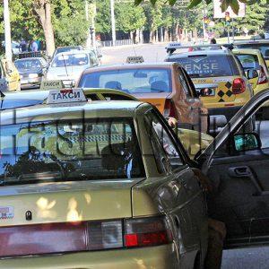 Компенсират Хасково и Димитровград заради по-малкото постъпления от такситата