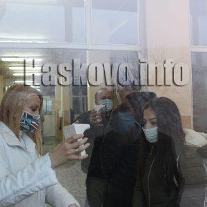 Над 5 000 деца влязоха в училищата в Хасковско, други излязоха онлайн