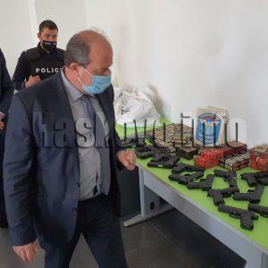 Откриха 186 пистолета и хиляди патрони в микробус на Капитан Андреево
