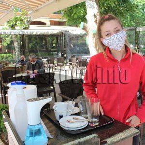 Търсят сервитьори, бармани и готвачи в Хасковско
