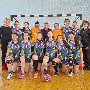 Хасковските хандбалистки с две победи в националната група