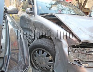 Шофьорка пострада при катастрофа зад Изчислителния център в Хасково